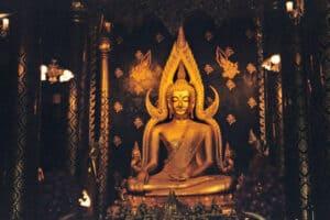 Wat Yai flaming Buddha at Phitsanulok