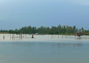fishermen at Cao Lao Beach