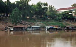 traditional houseboats of Phitsanulok