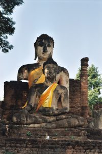 2 sitting Buddhas at Si Satchanalai