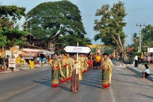 city delegation Sukhothai Loy Krathong parade