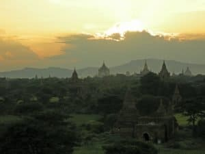 cloudy sunset from Buledi pagoda in Old Bagan