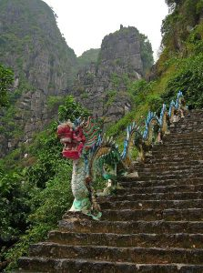 dragon at stairs to temple near Tam Coc