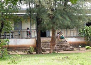 bus trip to Myanmar: children in front of local school