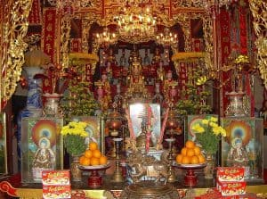Buddhist shrine inside Old Pillar Pagoda