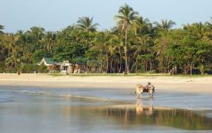 cart at Ngwe Saung beach
