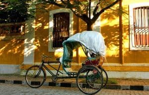 rickshaw_in_French_city_part_of_Pondicherry