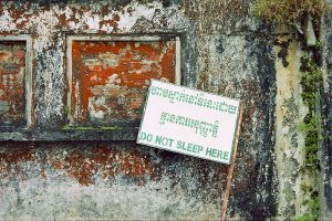 warning sign at Bokor palace